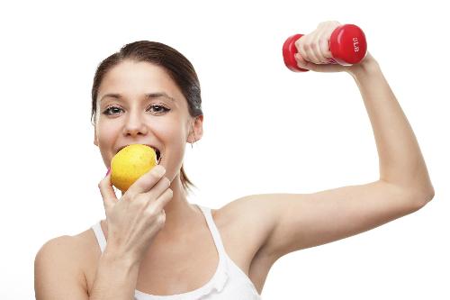 an-nhe-truoc-khi-tap-gym